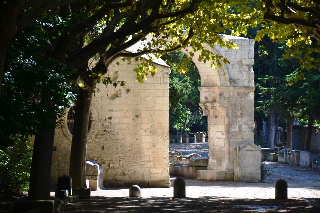 Арль – маленький город с богатой историей