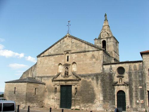 Достопримечательности Арля: религиозные сооружения