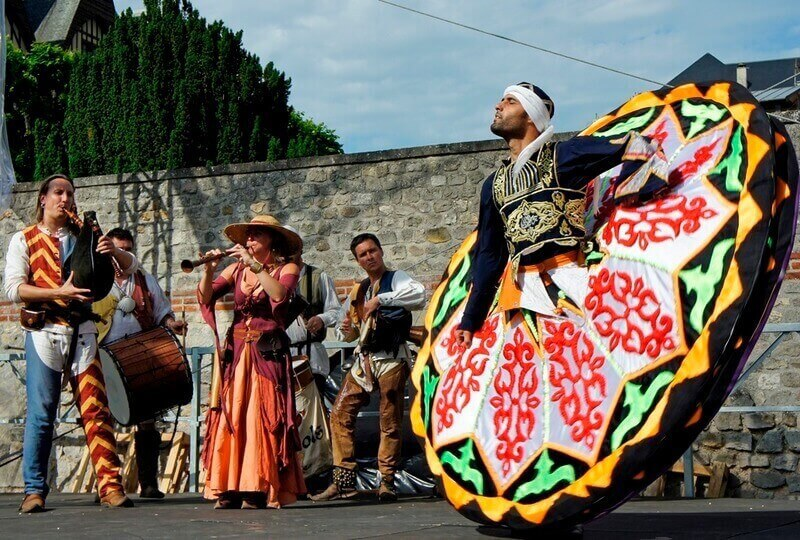 Фестивали и праздники Арля